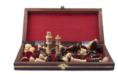 chess 14798wooden_chess_game_box
