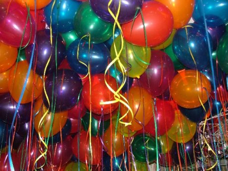 Life is a party balloons1